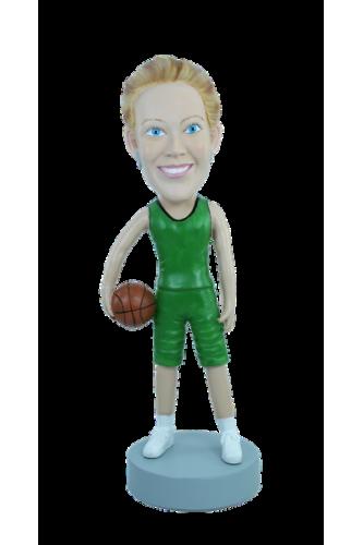 Figurine personnalisée en meneuse de basket