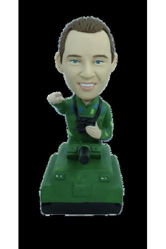 Figurine personnalisée avec un tank
